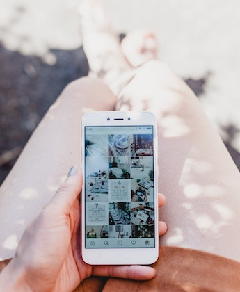 Why Digital Minimalism Is the Answer to Social Media Not Taking over Your Life & 5 Ways to Try It