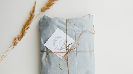 3 Tips on How to Encourage Conscious Shopping with Your Holiday Gifts